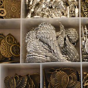 scrapbooking expo embellishments